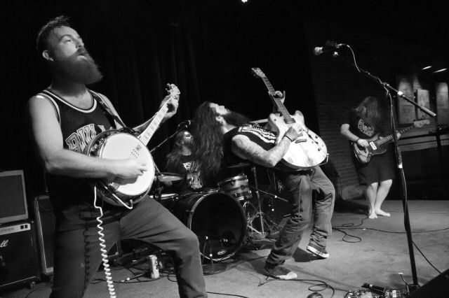 Preview: Shawn James and the Spapeshifters