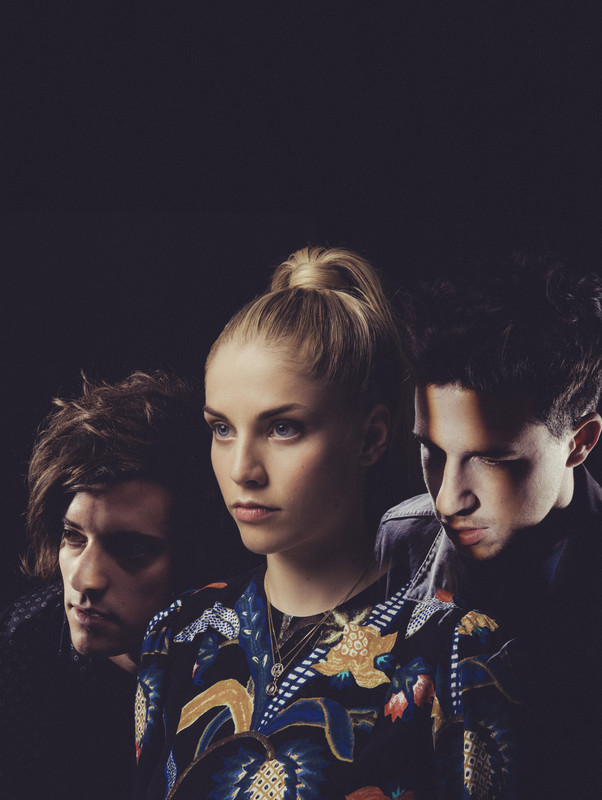 Preview: LONDON GRAMMAR