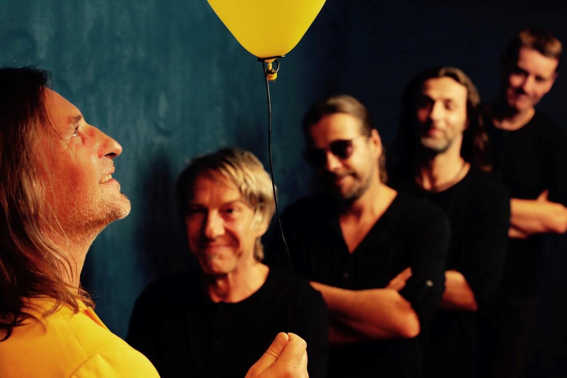 Preview: Dirk Zöllner & das Glück